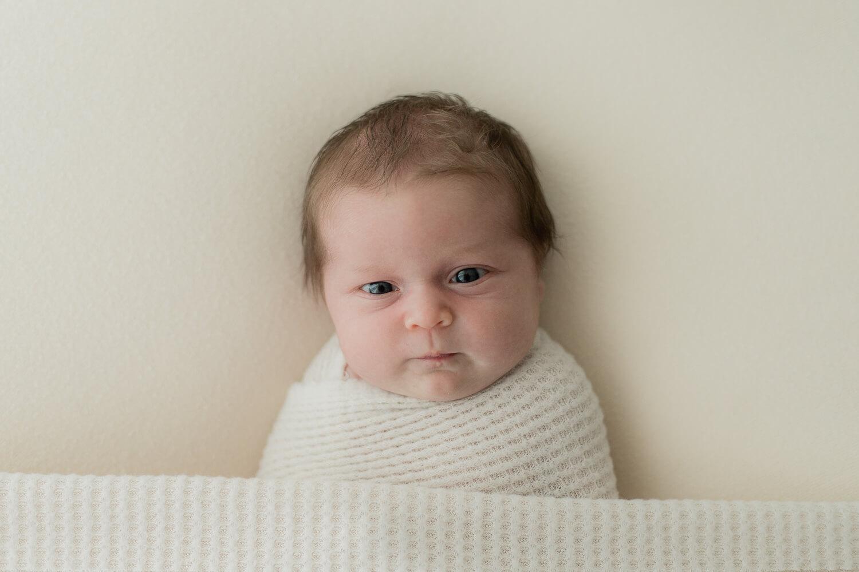 Helia Visuals workshop - ajatonta newbornkuvausta oppimassa. 37