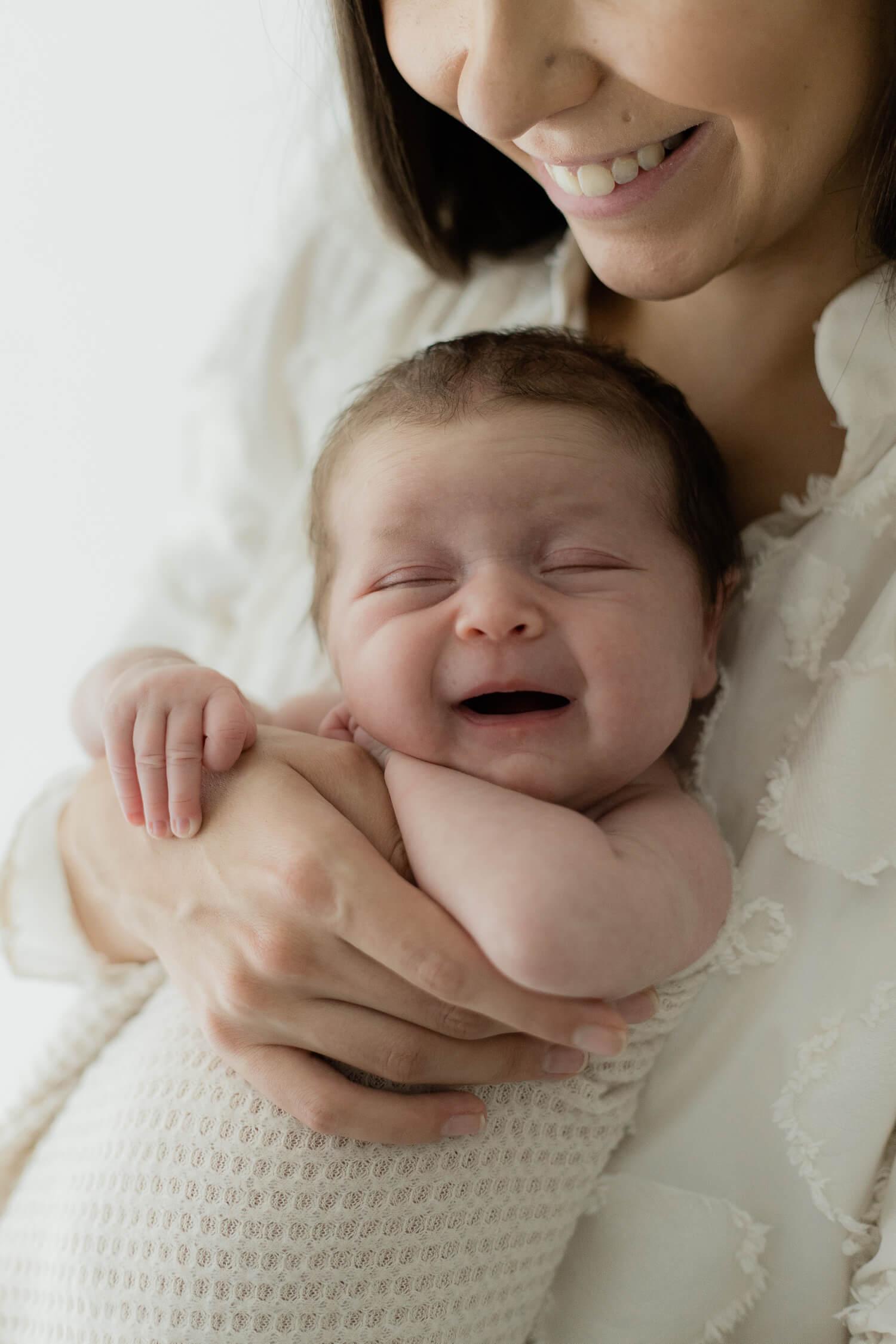 Helia Visuals workshop - ajatonta newbornkuvausta oppimassa. 40